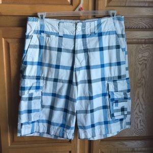 Op plaid cargo shorts